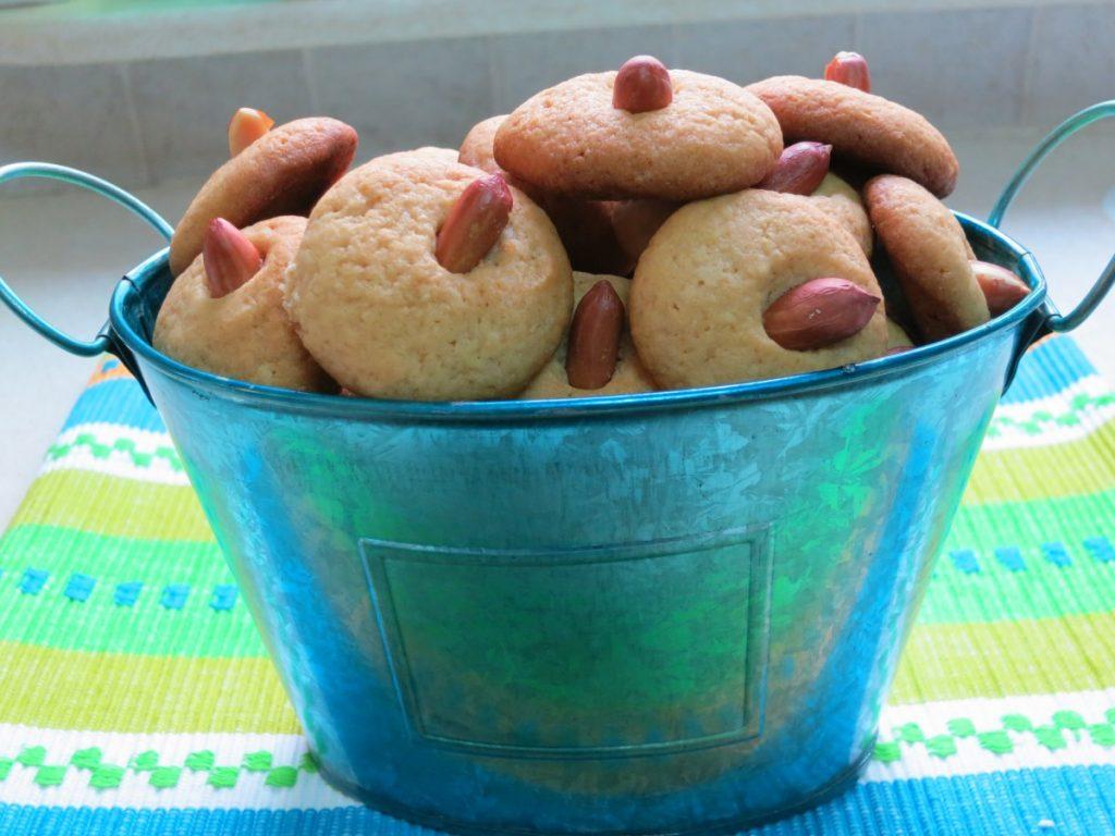 עוגיות טחינה - פרווה - דינה דיש