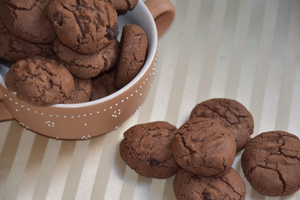 עוגיות שוקולד שכולם אוהבים בעיקר ילדים - פרווה