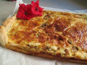 פשטידת פטריות גבינה - דינה דיש