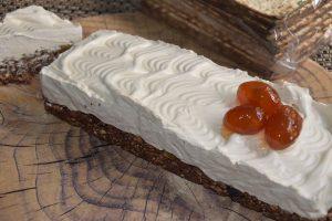 עוגת פסח - אגוזים מצות שוקולד וקרם - פרווה